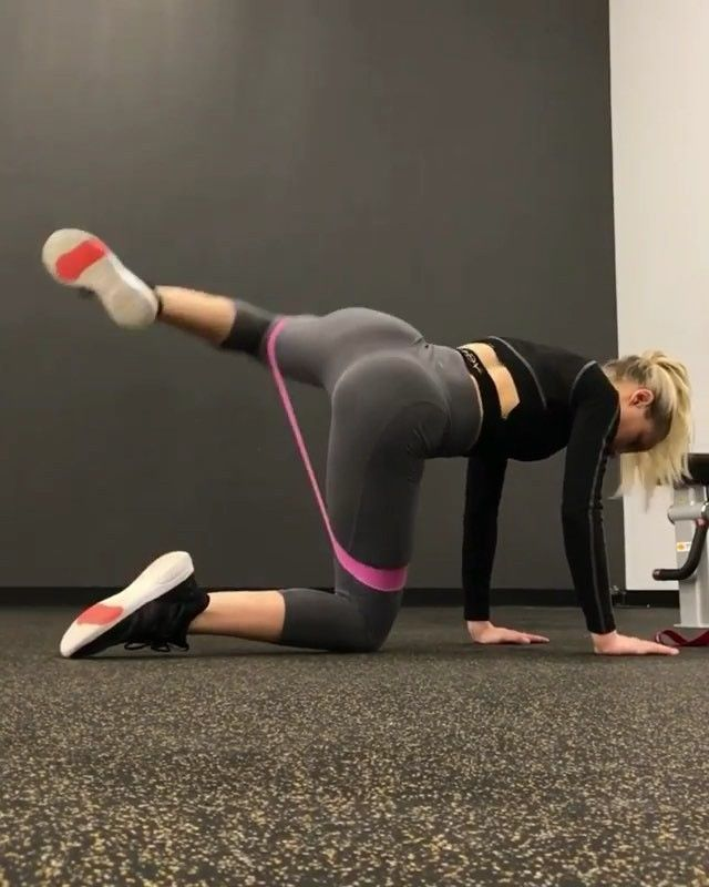 🍑 Glute Activation 🍑 Here are a few staple glute activation