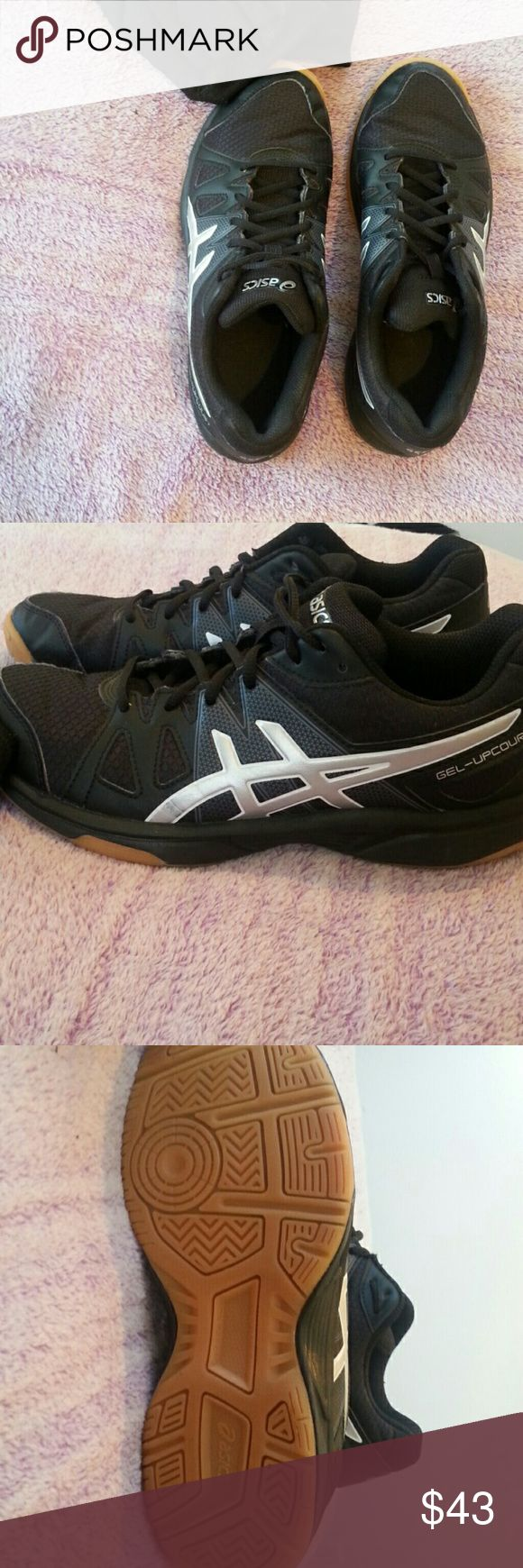 Selling this Asics volleyball shoes on Poshmark! My username is: nerdykitten3. #shopmycloset #poshmark #fashion #shopping #style #forsale #Asics #Shoes