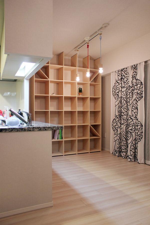 プリント おしゃれまとめの人気アイデア Pinterest Katsutoshi 2020 画像あり 本棚 本棚壁 自宅で