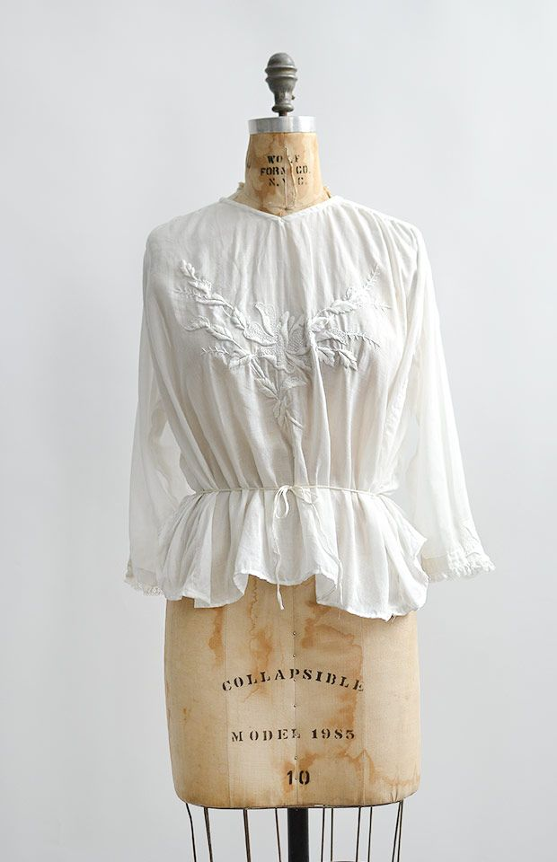 antique 1910s Edwardin iris embroidered peplum blouse