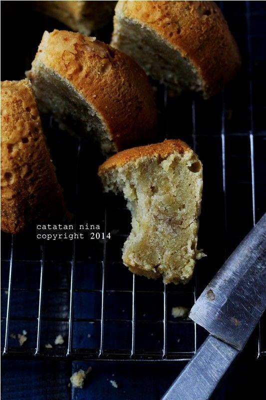 Catatan Nina: VERY BANANA CAKE