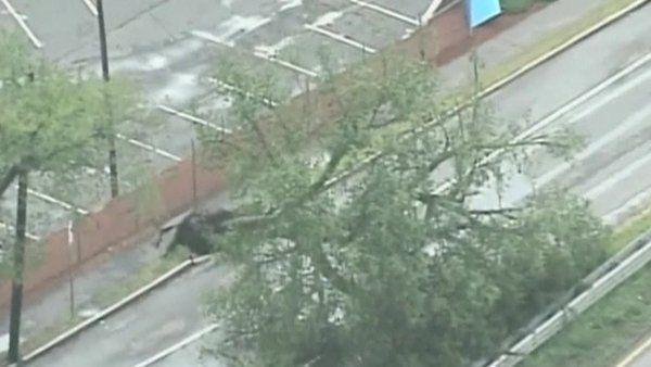 Tornado rips off roofs, downs trees near Boston. Revere Tornado 7-28-2014 http://news.yahoo.com/tornado-rips-off-roofs-downs-trees-near-boston-172104514.html