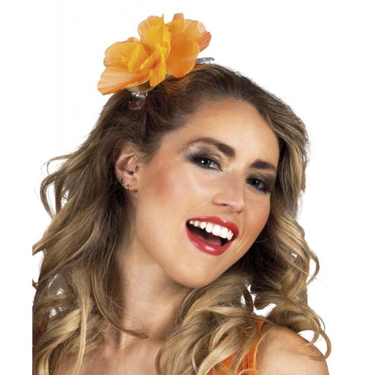 Koningsdag, haarspeld met oranje bloem. Transparante klem met oranje bloem voor in het haar voor kinderen en volwassenen.