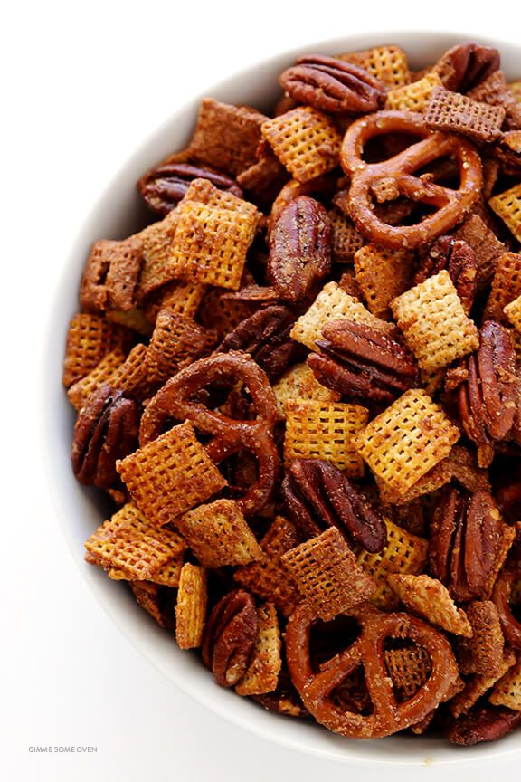 Candied Pecan Chex Mix -- traditional party mix tossed with pecans and a candied coating. So easy to make, and SO GOOD! | gimmesomeoven.com