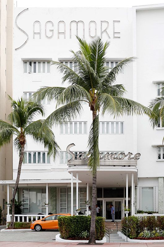 sagamore hotel in miami's art deco district photo by Leslie Santarina