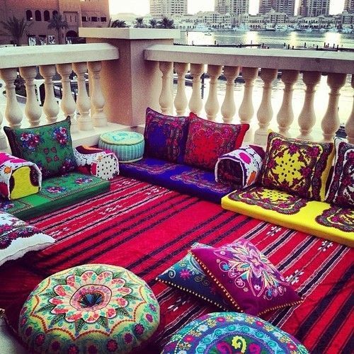 """aminarob90: """" I am so doing this in my living room, even tough my husband is Palestinian and not Moroccan. """""""