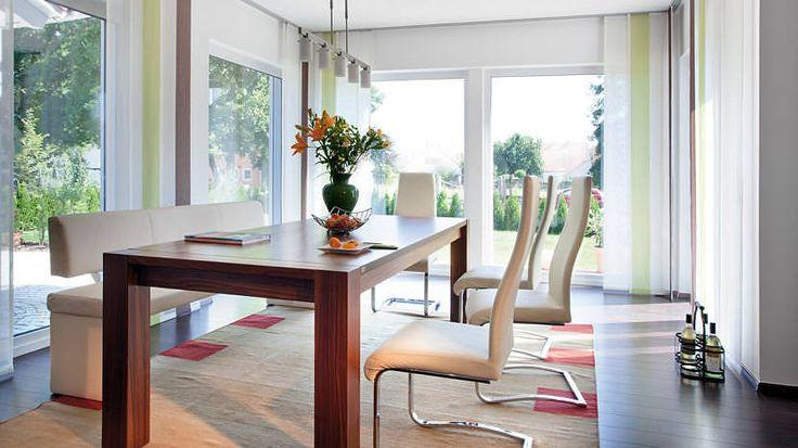 18 besten moderne esszimmer bilder auf pinterest moderne esszimmer vorteile und gelassenheit. Black Bedroom Furniture Sets. Home Design Ideas