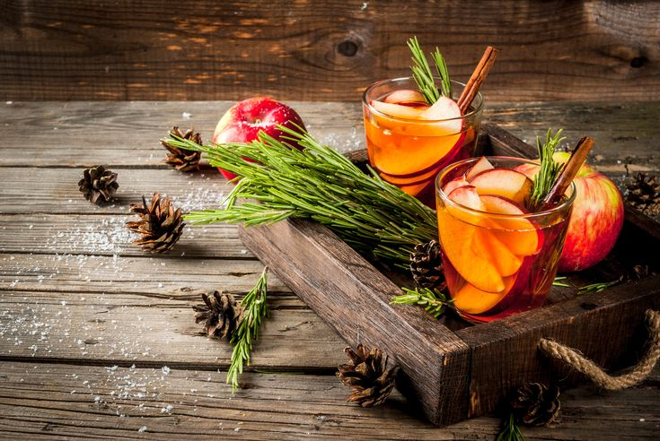 Mix It Up This Fall - 6 Apple Cocktails You've Gotta Try - Rainier Fruit Company