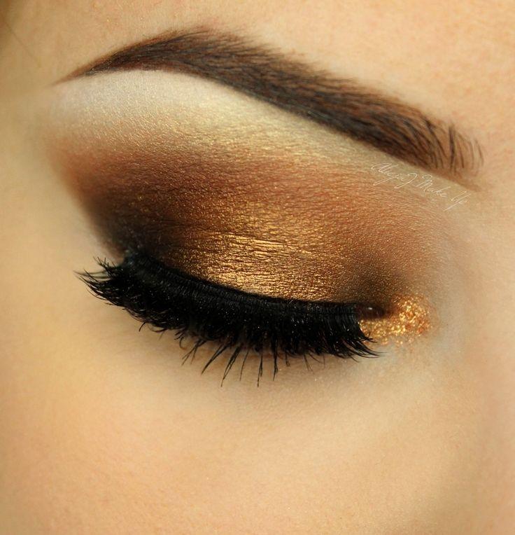 Makeup Geek Eyeshadow In Corrupt + Makeup Geek Pigment in Poker Face. Look by: AlicjaJ Make Up