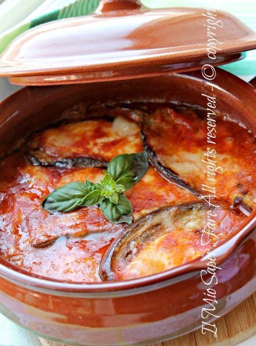 #Parmigiana veloce in padella | ricetta con #melanzane gustosa,facile e light.Una parmigiana senza frittura,cotta in padella per guadagnare tempo e leggerezza