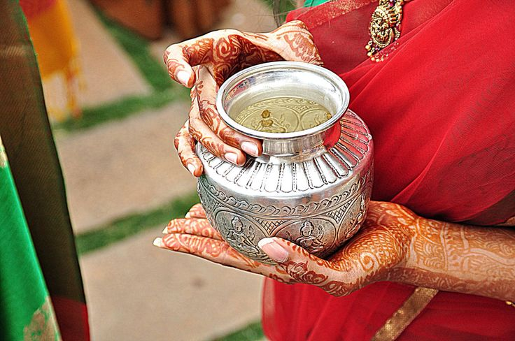 India. Henna.  Hands.
