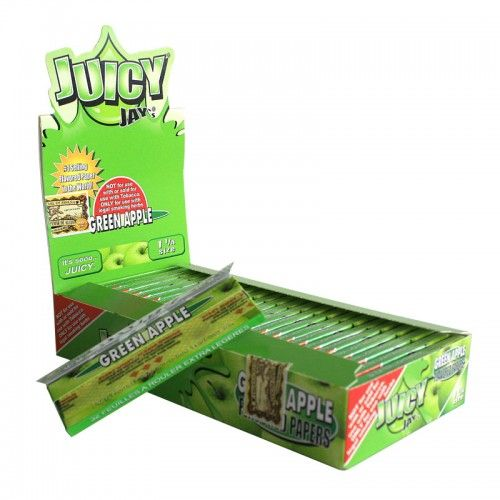 Tα χαρτάκια Juicy Jays Green Apple μεσαίου μεγέθους είναι τα μοναδικά τσιγαρόχαρτα με αληθινή γεύση και άρωμα πράσινου μήλου από το πρώτο μέχρι το τελευταίο φύλλο.Τα προϊόντα Juicy Jays κατασκευάζονται με το περίφημο σύστημα triple-dip για επιπλέον γεύση.