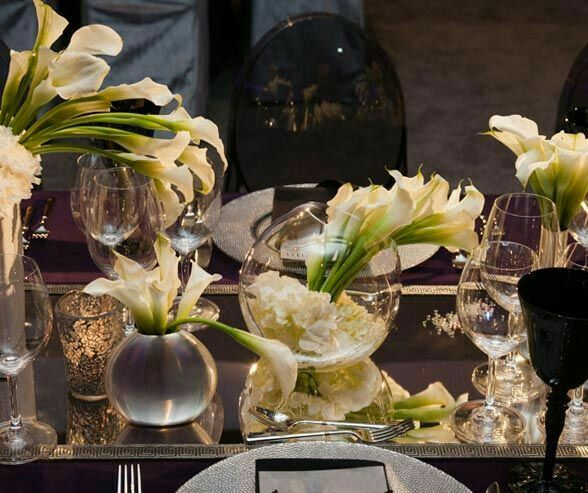 Floating Lily Centerpiece Ideas: 17 Best Ideas About Lily Centerpieces On Pinterest