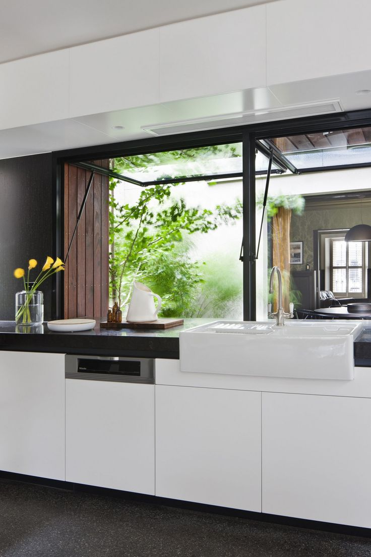 Details kitchen Visual Connection Between New and Old: Fitzroy House by Techne Architects