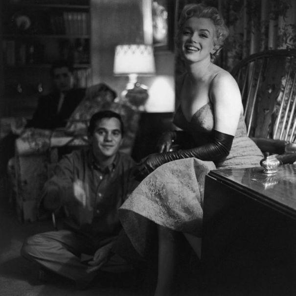 "littleglimpseofgorgeous: ""Marilyn Monroe, Photographed by Gene Lester, 1955 """