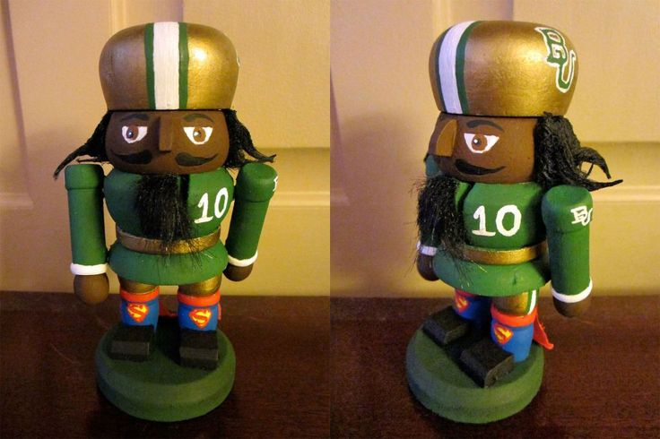 Custom #RG3 / #Baylor nutcracker. Wow. #sicem