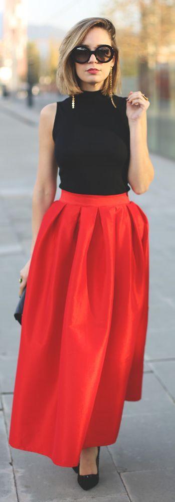 Rojo y negro, un clasico que trasciende. Maxifalda y top