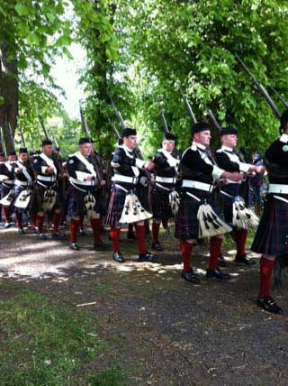pipers piping: Favorite Things, Pipers Piping