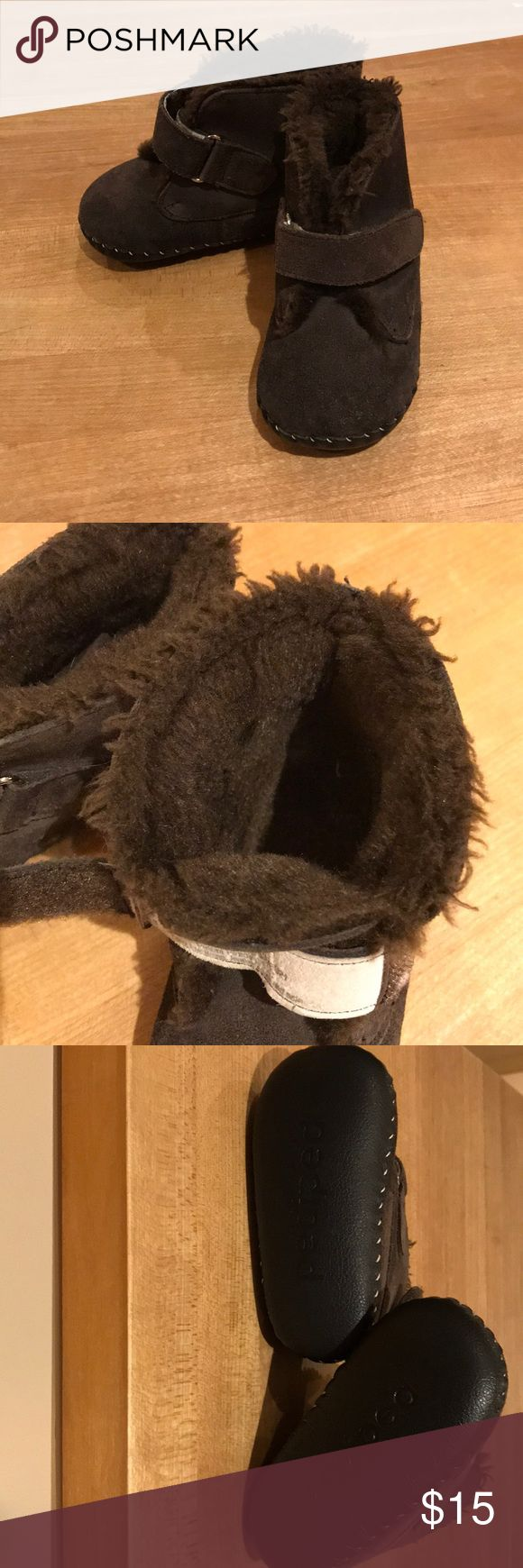 Pediped fuzzy lined boots 18-24 months Dark brown Pediped boots sized 18-24 months. Worn only once, in excellent condition! Leather upper and sole. pediped Shoes Baby & Walker