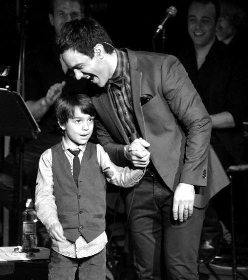 Ramin Karimloo and his son - awwwwwwwwwww!!!!!!!!! This is soooooooo cuuuuuuuteeeee!!!!!!!! AWWWWWWWWWW!!!!!!!