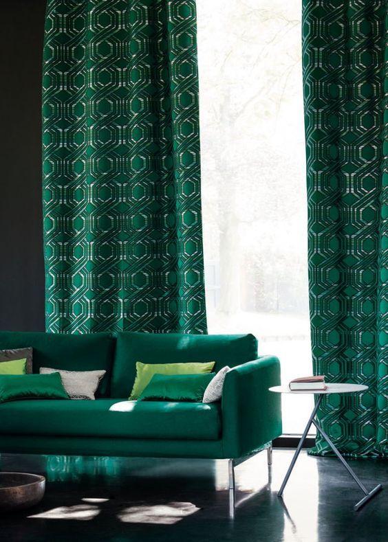 les 25 meilleures id es de la cat gorie rideaux verts sur pinterest rideaux en velours vert. Black Bedroom Furniture Sets. Home Design Ideas