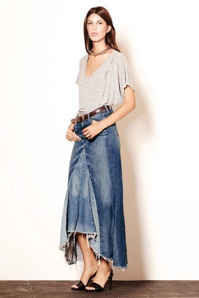 Cómo combinar una falda tejana