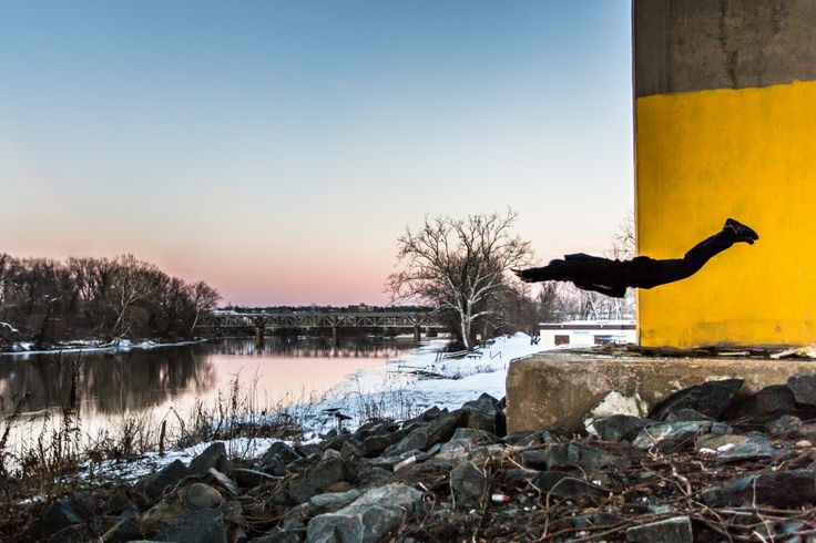 Photo of the Day: Self-Portrait Flying Push Ups by the Schuykill River – King of Prussia, PA » Chris Plentus Photography