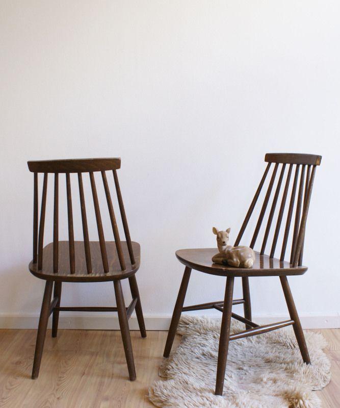 Set vintage spijlenstoelen, gemerkt: ZPM Radomsko. Retro houten stoel x 2 | Toffe meubels | Flat Sheep