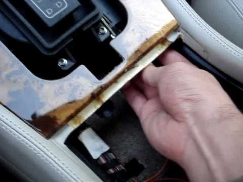 Removing the radio from a Jaguar X300 or XJ40
