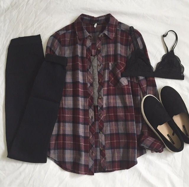 24 Cute Ways to Wear Your Flannels this Fall #flannel #outfits #fall #cute #casual #plaid