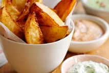 Home-made paprika potato wedges with a trio of dips – Recipes – Slimming World