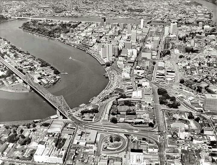 Aerial photograph of Brisbane,Queensland in 1971. Queensland State Archives.