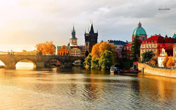 Prague Travel Guide 2016 (HD)