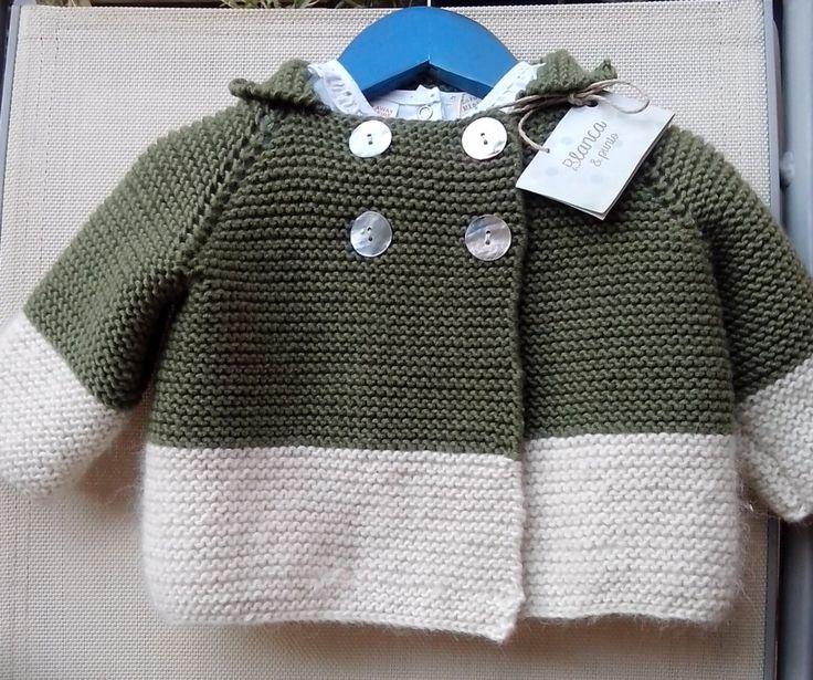 Abrigo de lana, tricotado a mano. De blancaypunto