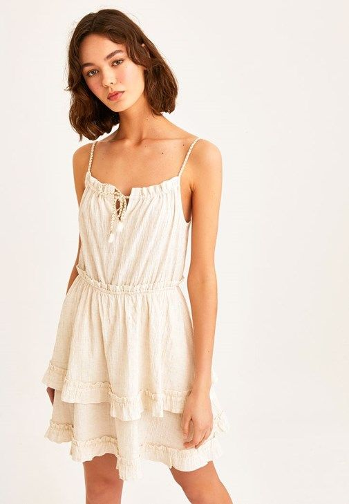 Krem Firfir Detayli Mini Elbise Online Alisveris 20yox Kevfirmini Oxxo 2020 Mini Elbise Elbise Kisa Elbiseler