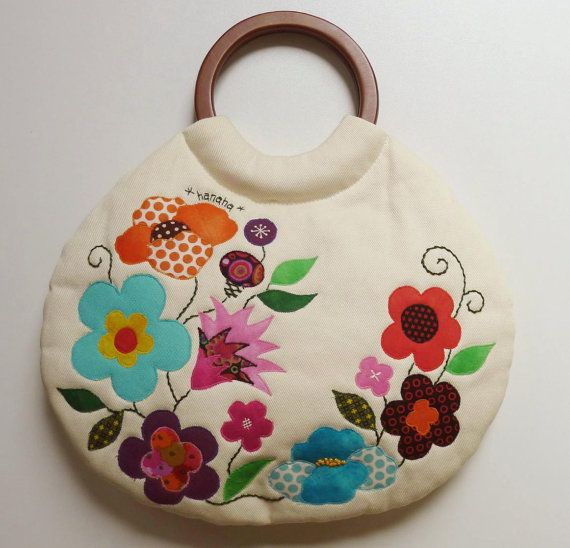 143 best appliquebags images on pinterest coin purses patchwork a profusion of flowers bag di hanaha su etsy publicscrutiny Image collections