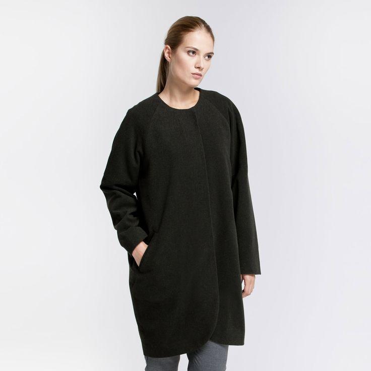 Yra Coat Dark Green Elementy #yra #coat #oversize #wool #darkgreen  #elementy #polishfashion #classic #minimal #simplicity #plaszcz #polskamoda #wełna #minimalizm #aw16