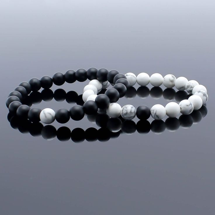 Couples Bracelet, Matching Bracelet, Howlite Bracelet, Onyx Bracelet, Friendship Bracelet, Relationship Bracelet, Bracelet Set, Couples Gift → This listing is for the Couples Set of 2 Bracelets → His and Her bracelets Materials : → 8 mm Matte Onyx Beads → 8 mm Howlite Onyx Beads →