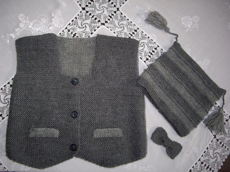 FATES'in örgüleri: erkek bebek yeleği (cepken)şapka ve papyonu