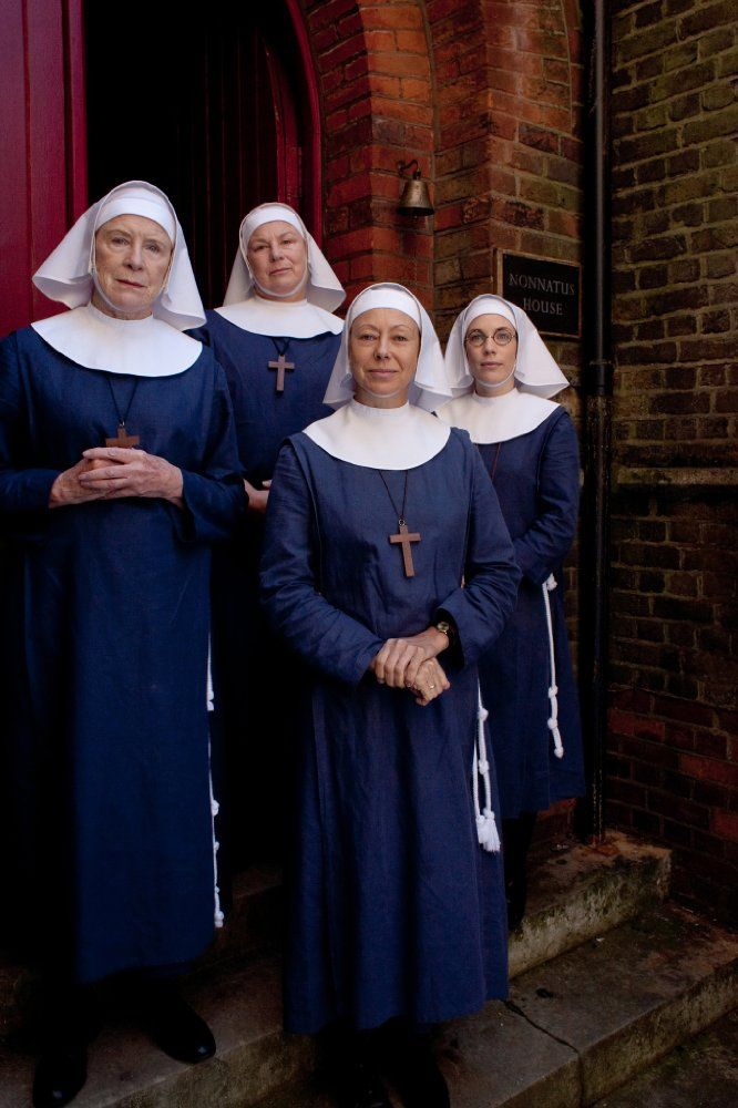 Judy Parfitt, Jenny Agutter and the Sisters of Nonnatus House in Call the Midwife