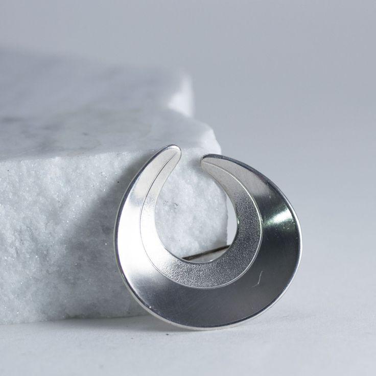 Silver brooch from Stigbert