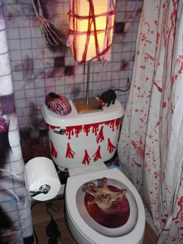 207 best images about halloween bathroom decor on for Haunted bathroom ideas