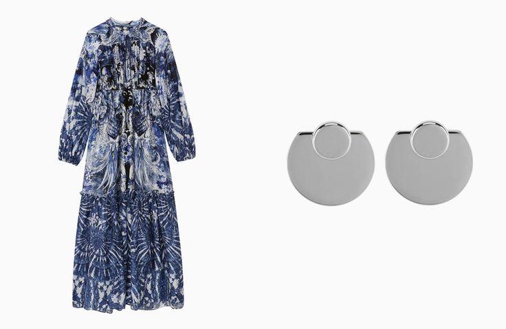 Платье Roberto Cavalli, 119500 рублей; серьги Vita Fede, 23600 рублей