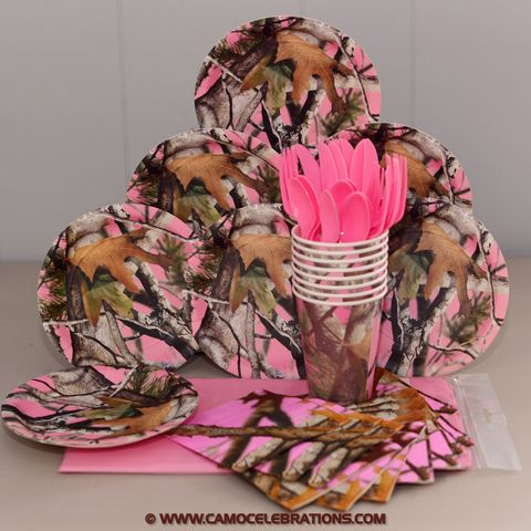 The Pink Camo Party Pack comes with enough party supplies for at least 8 guests! The pack includes 1 pack of 7 inch dessert plates (8), 1 pack of 5 inch beverage napkins (16), 1 pack of 9 ounce paper cups (8), 1 Petal Pink 54 by 108 inch plastic rectangular table cover and a pack of premium assorted Petal Pink cutlery (8 forks, 8 spoons, 8 knives).