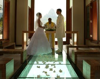 Plan your dream wedding in the ultimate beach destination, Tahiti and Her Islands!