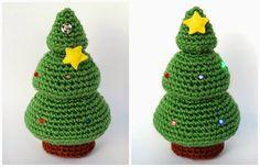 Árbol de Navidad Electro-Amigurumi - Patrón Gratis en Español e Inglés aquí: http://crafteandoqueesgerundio.blogspot.de/2014/12/patron-arbol-navidad-pattern-christmas-tree.html