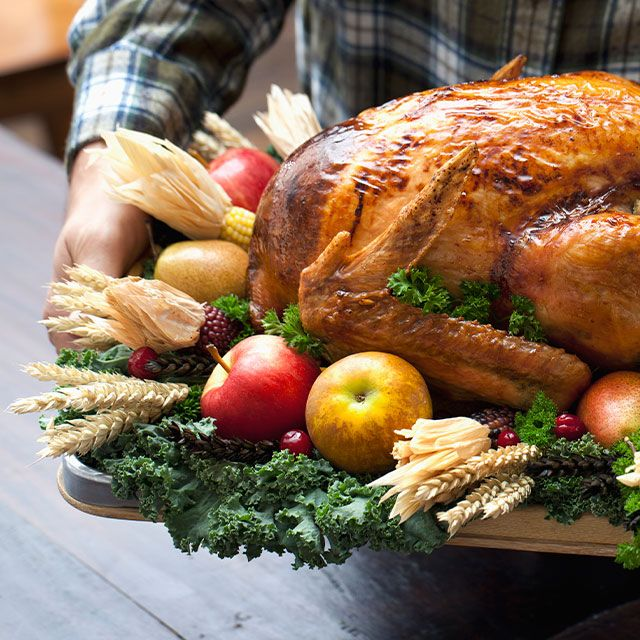 Worried about overloading this holiday? Don't pass up the traditions — try these healthy Southern Thanksgiving recipes.