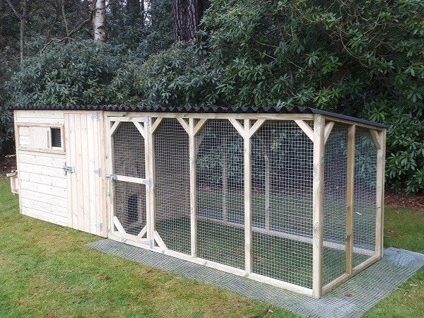 Pressure treated chicken or duck house with run