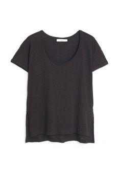 Футболка Mango, цвет: черный. Артикул: MA002EWGDT29. Женская одежда / Футболки и поло / Футболки с коротким рукавом