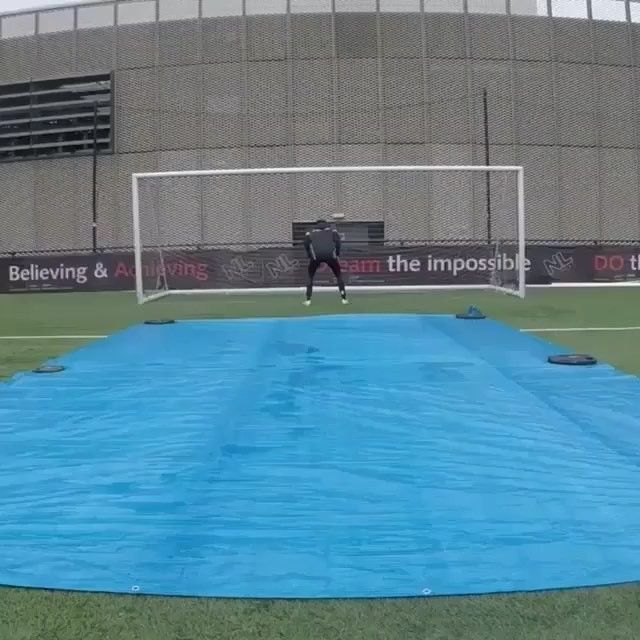 TAG A FRIEND YOU WOULD TRY THIS WITH! -  @nextgensoccer_ for more #football #Livescore #Sports #futbol #WorldCup #FIFA #MLS #freekick #Nike #goals #goal #futbol #soccer #soccerclethe #Cleats #football #boots #Magista #nikefootball #adidasfootball #iamnext #like #l4l #f4f #likeforlike
